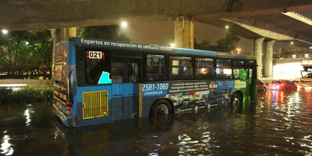 Activan alerta por fuerte lluvia y granizo en la CDMX