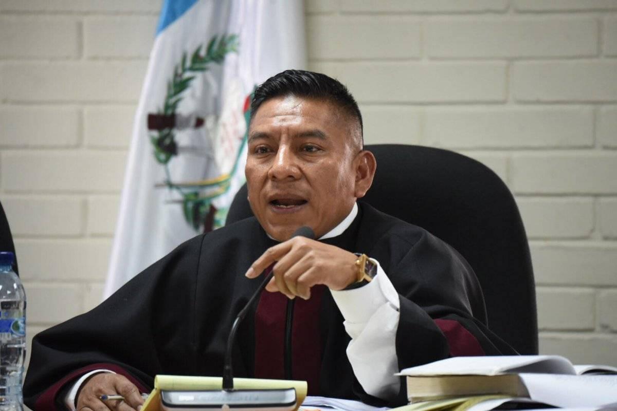 El juez Pablo Xitumul es el presidente del tribunal que conoce el juicio por la desaparición de Molina Theissen. Edwin Bercián