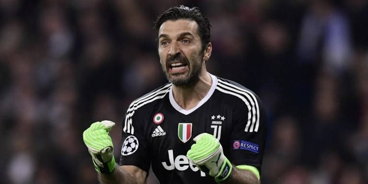 Gianluigi Buffon estalla en cólera por el penalti en contra de la Juventus
