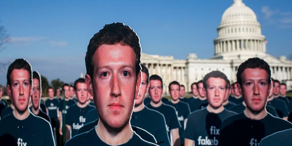 Así se puede saber si Facebook compartió tu información con Cambridge Analytica