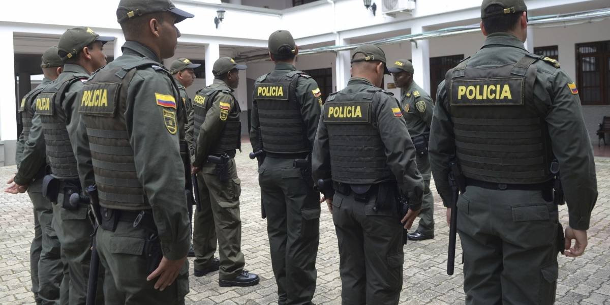 Tragedia en Colombia: mueren ocho policías en atentado con explosivos