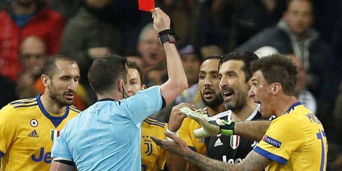 """La furia de Buffon: """"Si tienes el cinismo de cobrar un décimo de penal en el minuto 93 no eres un hombre, eres un animal"""""""