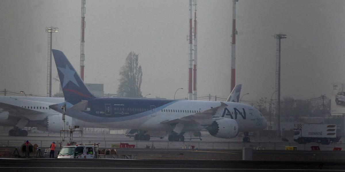 Conflicto en el aire: Latam asegura que ha protegido a los pasajeros reprogramando los vuelos