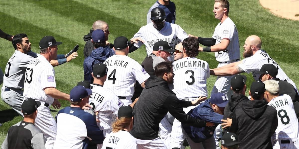 Se armó la bronca en el juego entre Padres y Rockies de Grandes Ligas