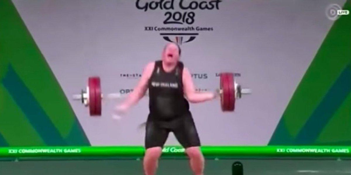 Impactante lesión de pesista al intentar levantar 132 kg