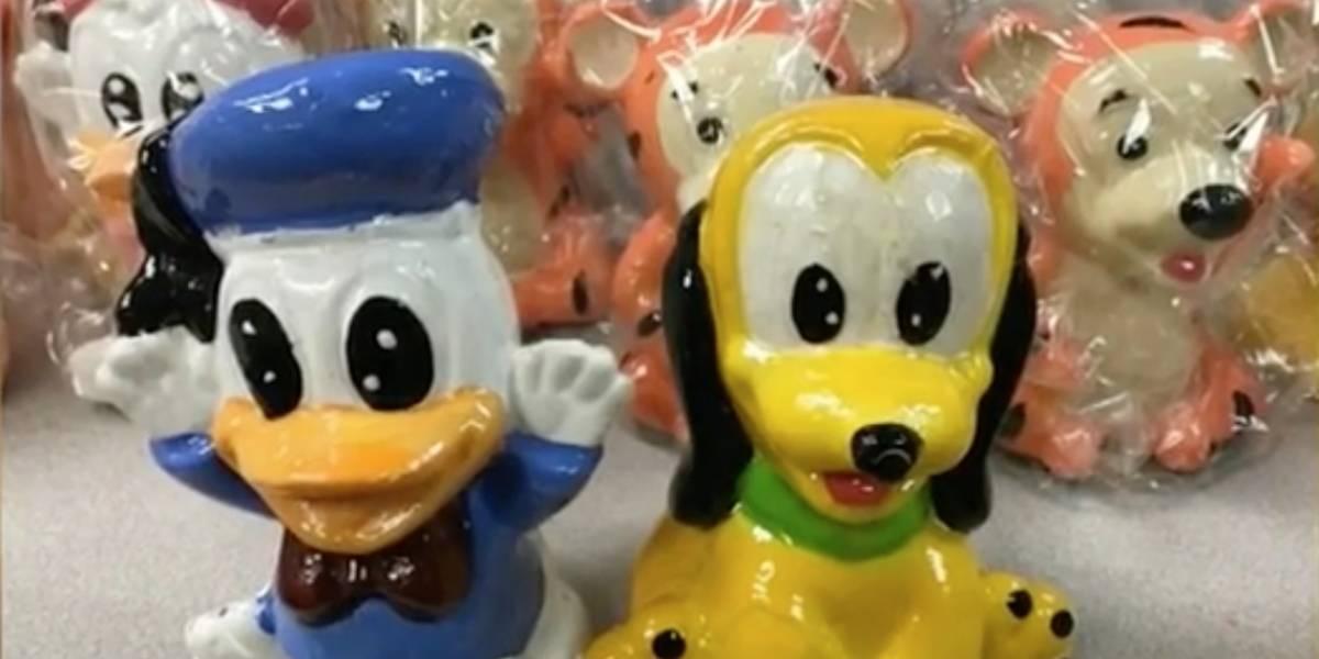 """DEA decomisa droga oculta en muñecos """"pirata"""" de Disney provenientes de México"""