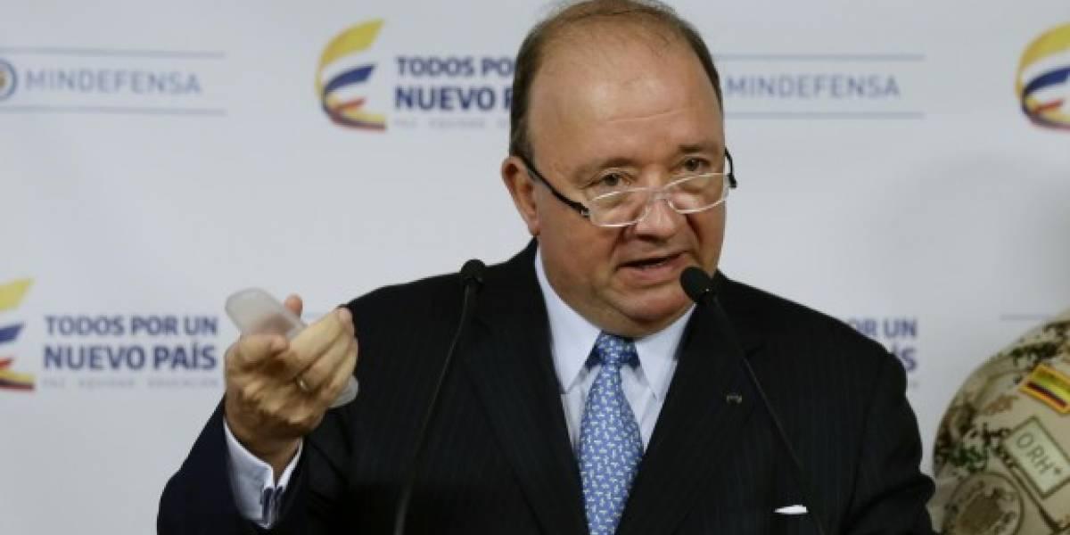 Ejército colombiano desmiente desembarcos en frontera con Ecuador