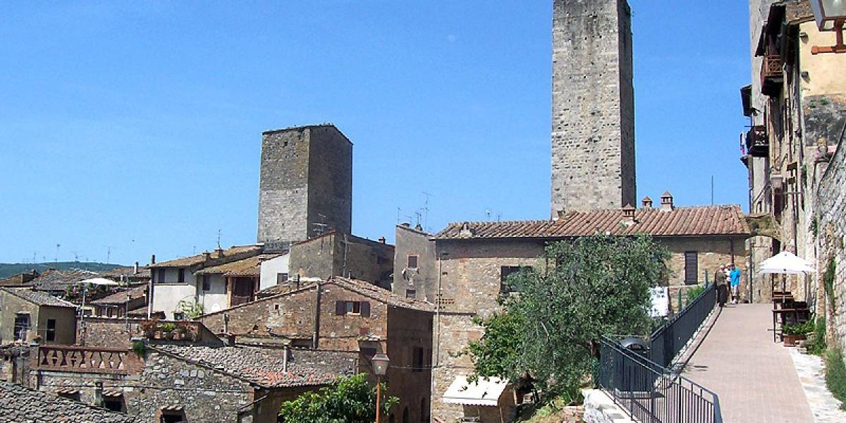 Cidade na Toscana faz 'vaquinha' para restaurar muralhas