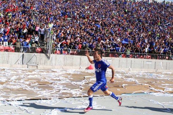 Aránguiz fue el último jugador que hizo celebrar a la U / imagen: Photosport