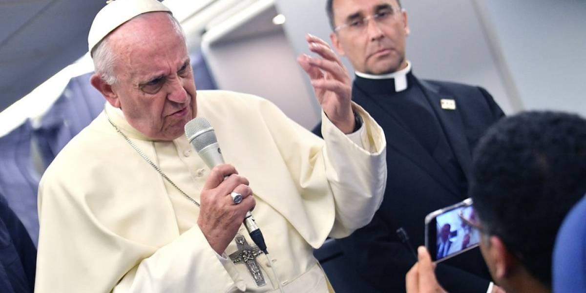 """Chile: el papa Francisco pide perdón y reconoce """"graves equivocaciones de valoración"""" en el caso del obispo Juan Barros, acusado de encubrir abusos sexuales"""