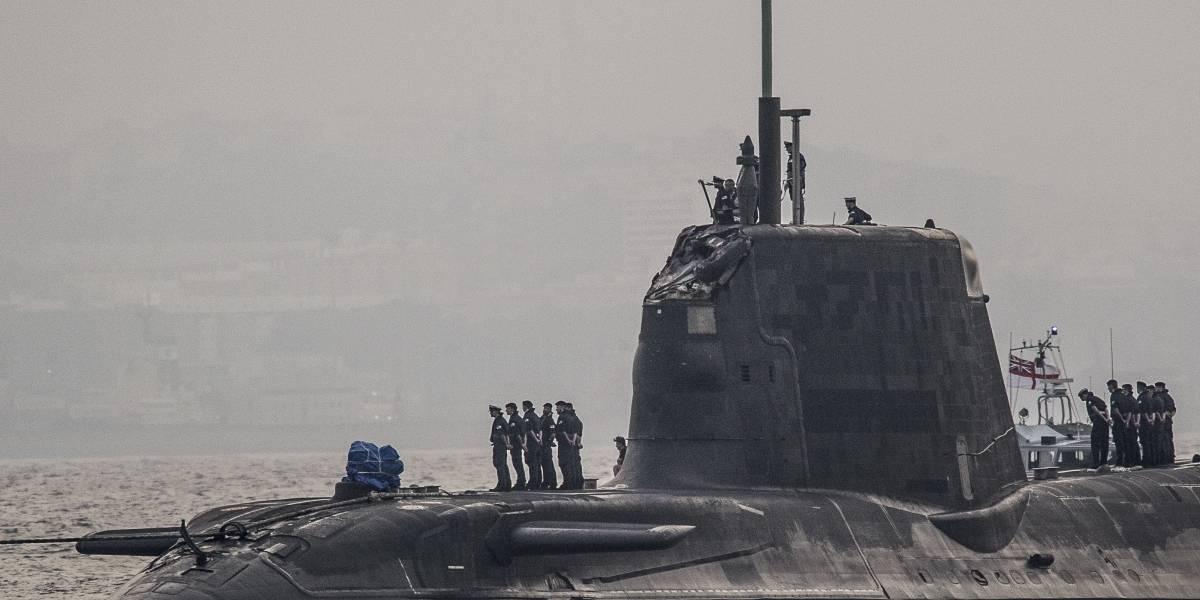 """Theresa May ordena submarinos a Siria mientras Gran Bretaña """"se prepara para atacar"""""""