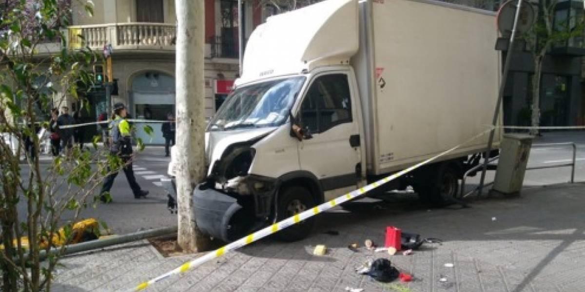 Camión arrolla un grupo de personas en Barcelona