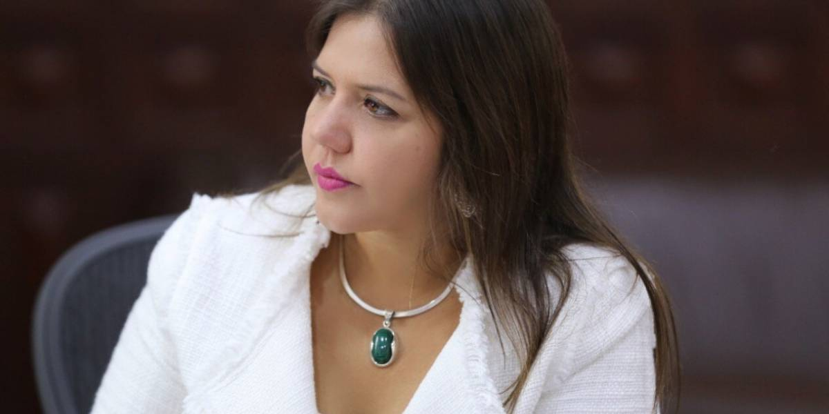 María Alejandra Vicuña regresa a Quito para reunirse con Lenín Moreno