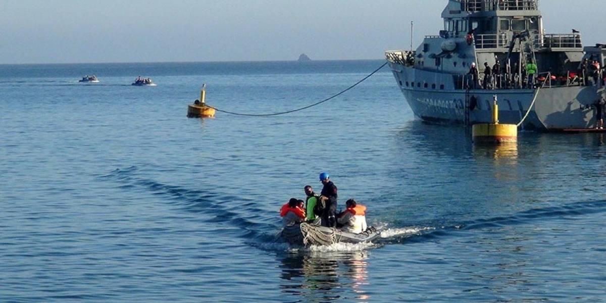 Veintidós ecuatorianos y un venezolano, detenidos en aguas internacionales
