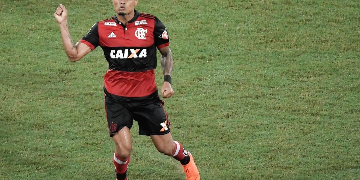 São Paulo negocia a contratação do meia Everton, do Flamengo