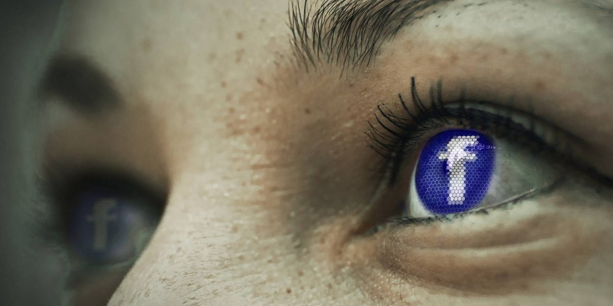 Baixou uma cópia dos dados que o Facebook guardava sobre ele e se surpreendeu com o que encontrou