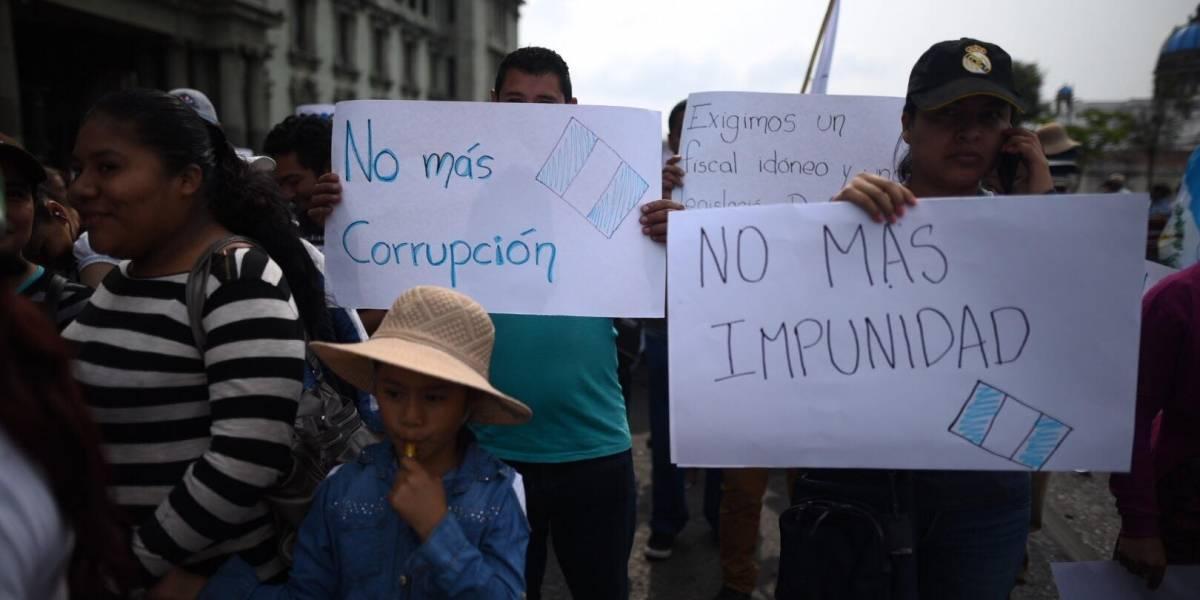 """Marchan para exigir el nombramiento de un fiscal general """"intachable"""""""