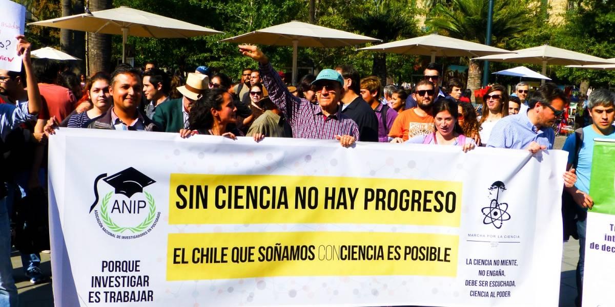 """Este es el petitorio de los científicos chilenos de cara a la """"Marcha por la Ciencia"""""""