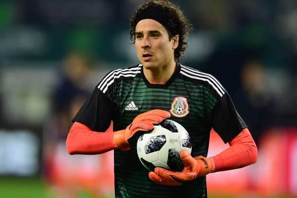 95851292286 El periodista mexicano que evitó llegada de Memo Ochoa a la Liga Premier