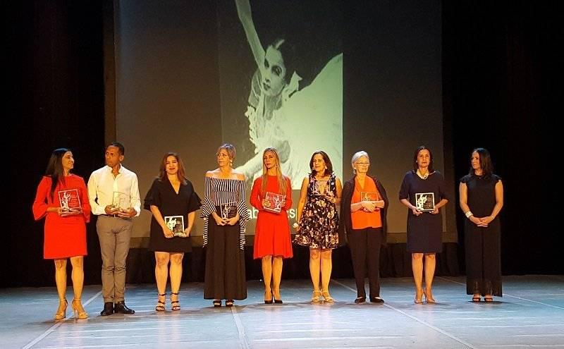 """Premios """"Eladia de Cuello"""""""