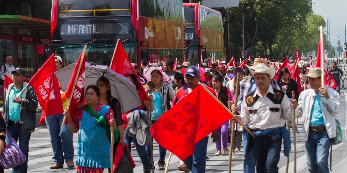 Marchas causan caos vial en la CDMX