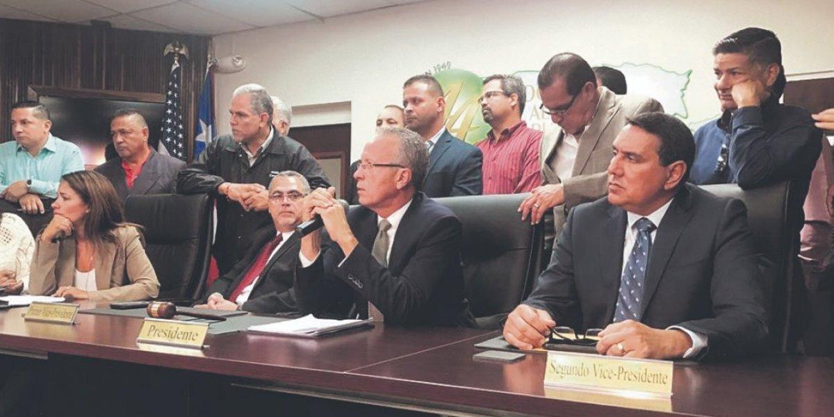 Alcaldes refutan cierre de escuelas