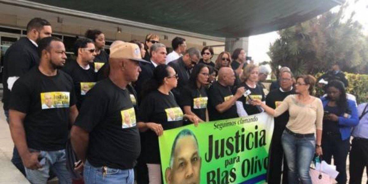 Periodistas dominicanos reclaman justicia por muerte de colega hace 3 años