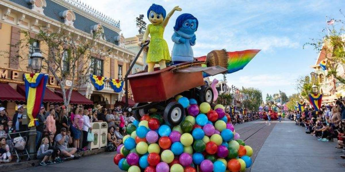 Descubre la magia de los personajes del Pixar Fest en Disneyland Resort