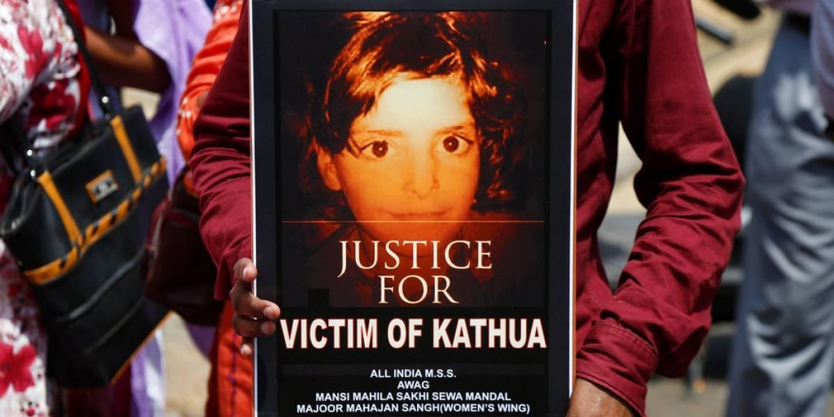 Fue torturada durante días: pandilla secuestra a niña de 8 años para violarla, quemarla y mutilarla en pleno templo hindú
