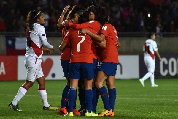 La Roja quiere celebrar en el cuadrangular final / imagen: Agencia UNO