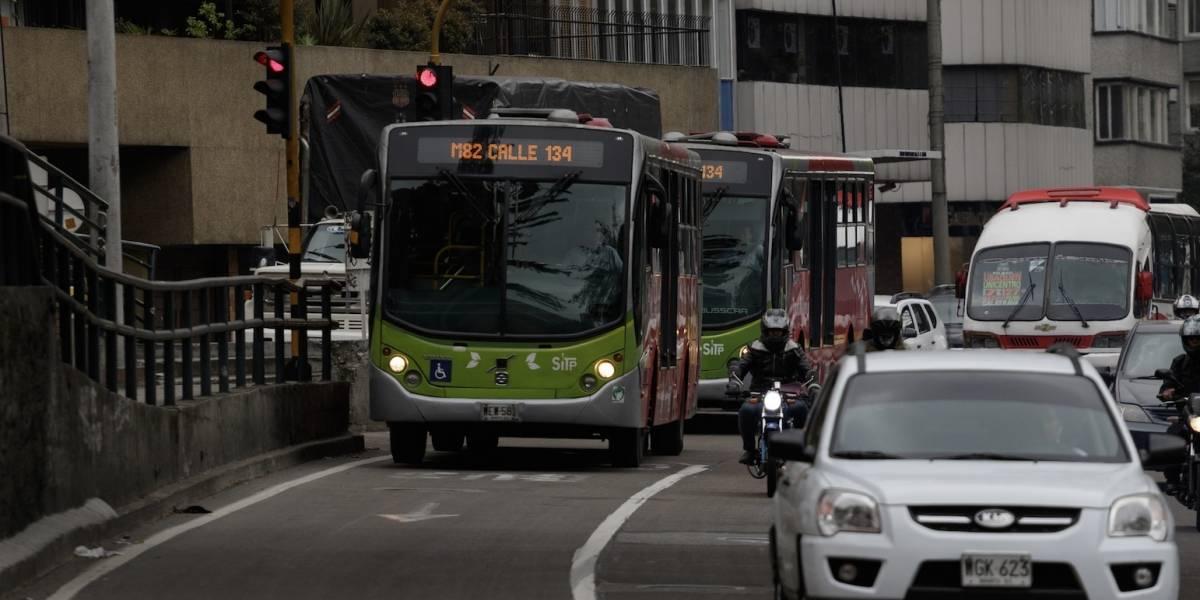 Ciudadanos no quieren 'buses chimenea' en TransMilenio por la carrera Séptima