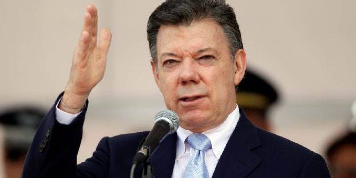 """Juan Manuel Santos:  """"Hablé con el presidente de Ecuador y le reiteré que tiene y tendrá todo mi apoyo"""""""