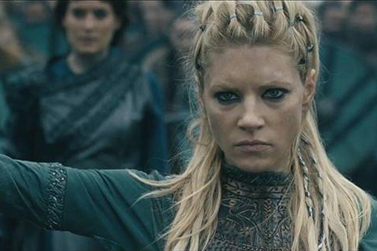 Tem Na Web - Vikings: Escudeira pode ocupar lugar de Lagertha na 5ª temporada