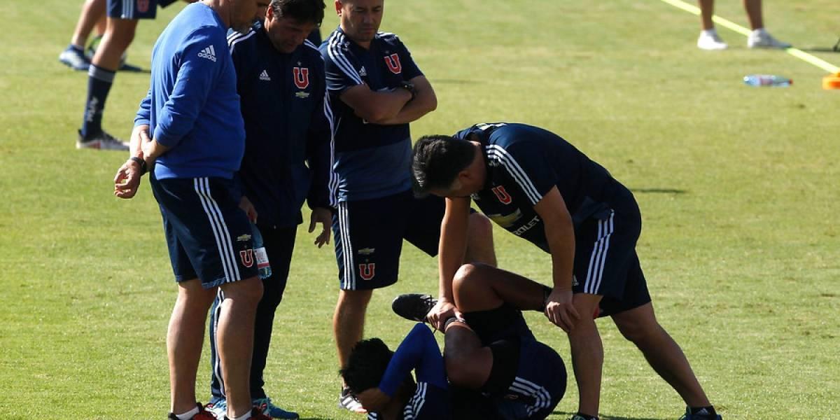 Gonzalo Jara fue la gran preocupación de la U en el entrenamiento abierto antes del Superclásico