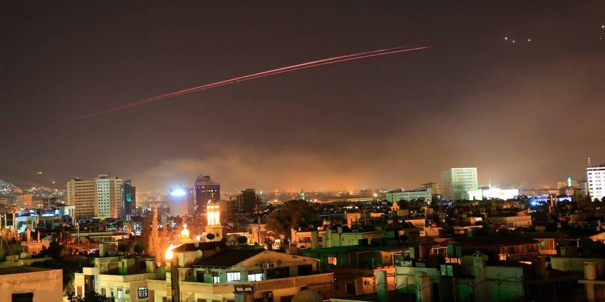 Explosiones sacuden capital de Siria