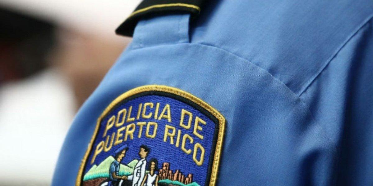 Hombre rompe cristal para robar en gasolinera de Arecibo