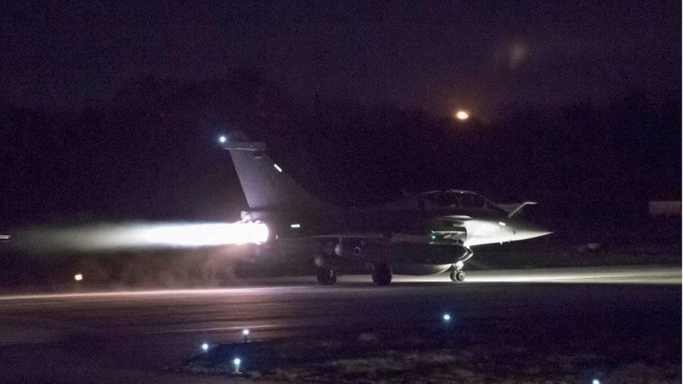 Siria repele agresión militar de EEUU, Reino Unido y Francia
