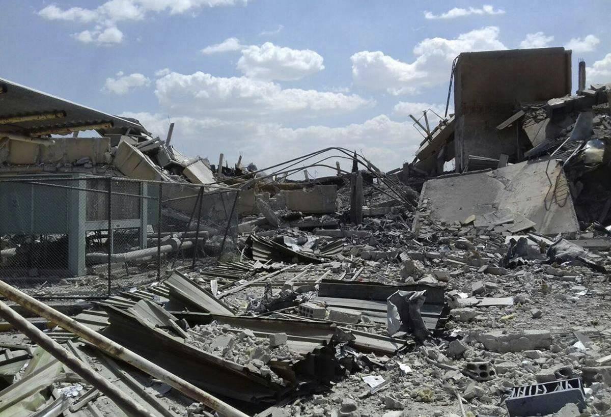 Un militar sirio declaró que, en total, 110 misiles fueron lanzados por Estados Unidos, Gran Bretaña y Francia. La mayoría de ellos fueron derribados o descarrilados. Foto: AP