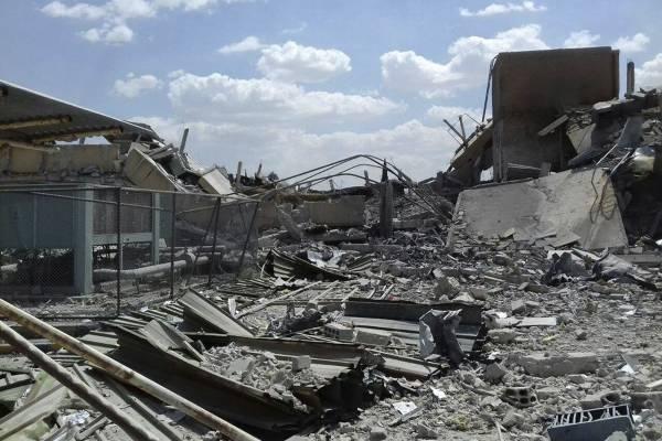 Un militar sirio declaró que en total 110 misiles fueron lanzados por Estados Unidos Gran Bretaña y Francia. La mayoría de ellos fueron derribados o descarrilados