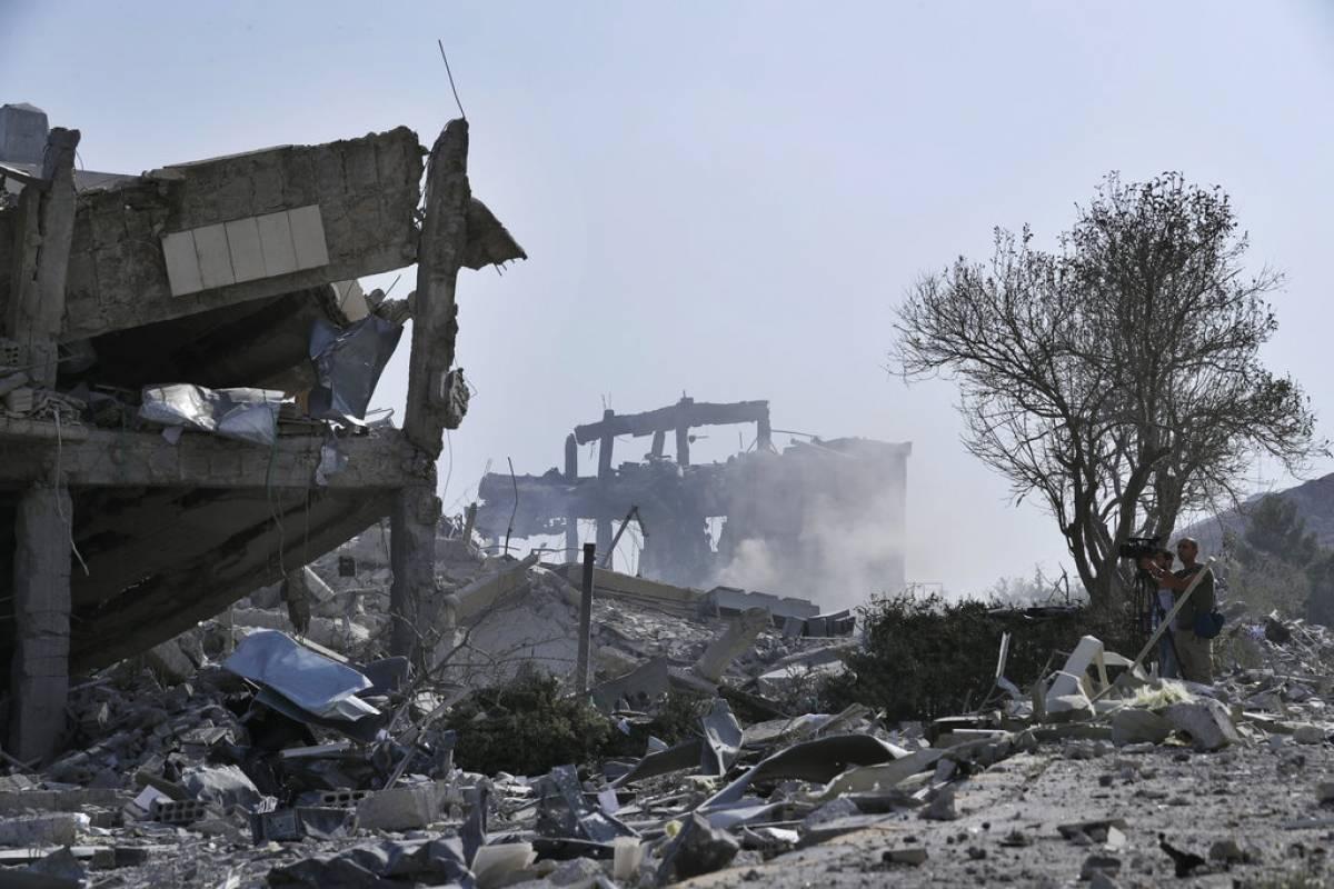 Theresa May justificó el ataque sobre Siria