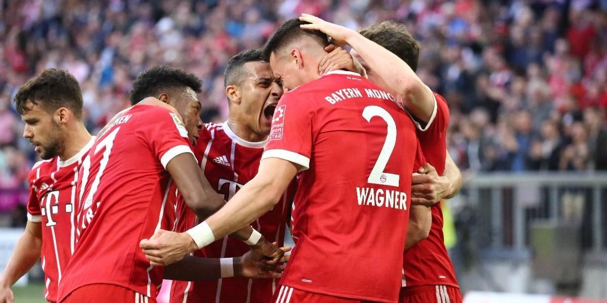 El hexacampeón Bayern no necesitó de Vidal para humillar al Mönchengladbach en la Bundesliga