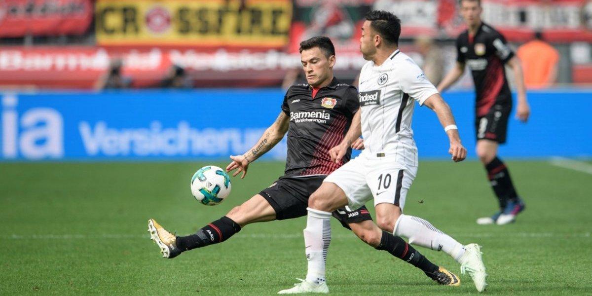 Charles Aránguiz gozó con el dulce momento de un Leverkusen que sueña en grande