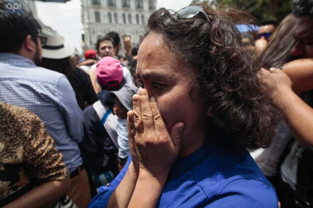 Momentos en el que equipor de El Comercio recibe la fatal noticia por parte de Linin Moreno en la Plaza Grande API