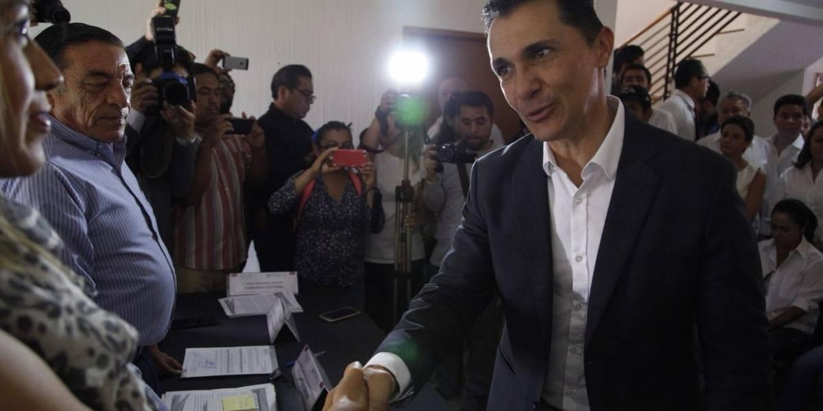 Adolfo Ríos se registra como candidato a la presidencia municipal de Querétaro