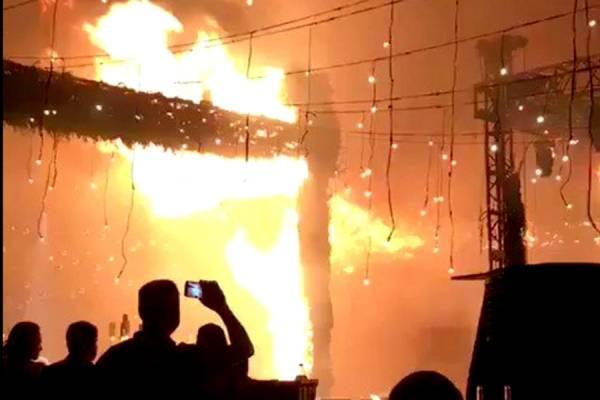 Se quema salón de eventos a la mitad de una boda en Zapopan