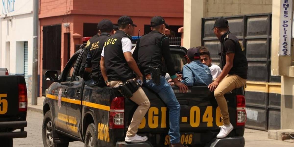 """Más de 300 detenidos por no acatar la """"ley seca"""""""