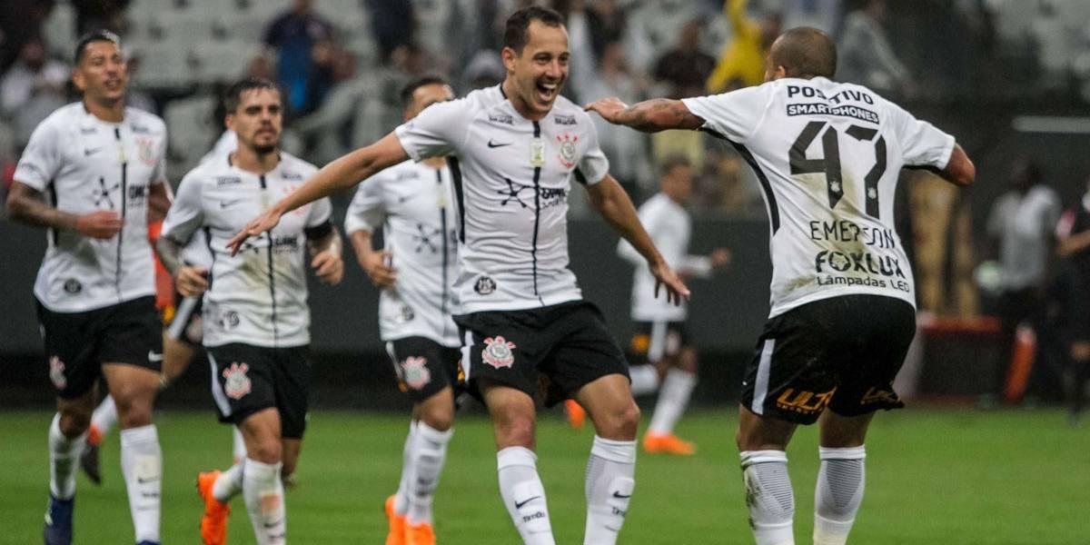 Corinthians vence o Fluminense com dois gols de Rodriguinho pelo Brasileirão