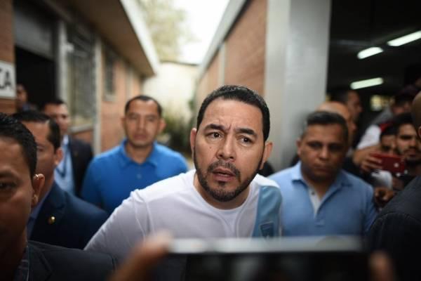 Confusión Jimmy Morales sobre México