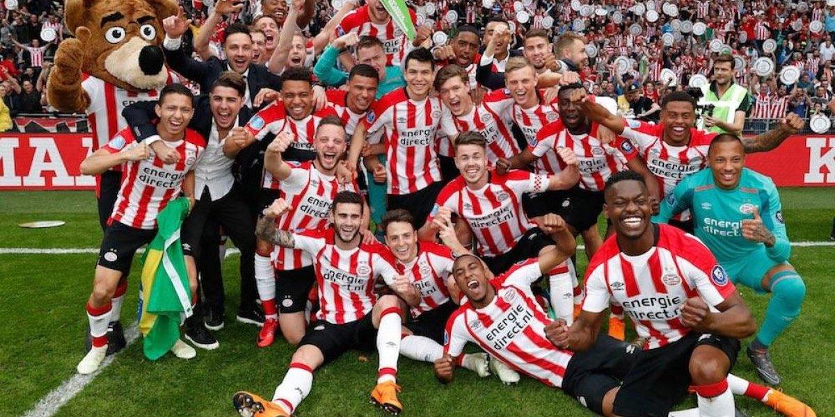 Hirving 'Chucky' Lozano y PSV se coronan en la Eredivisie