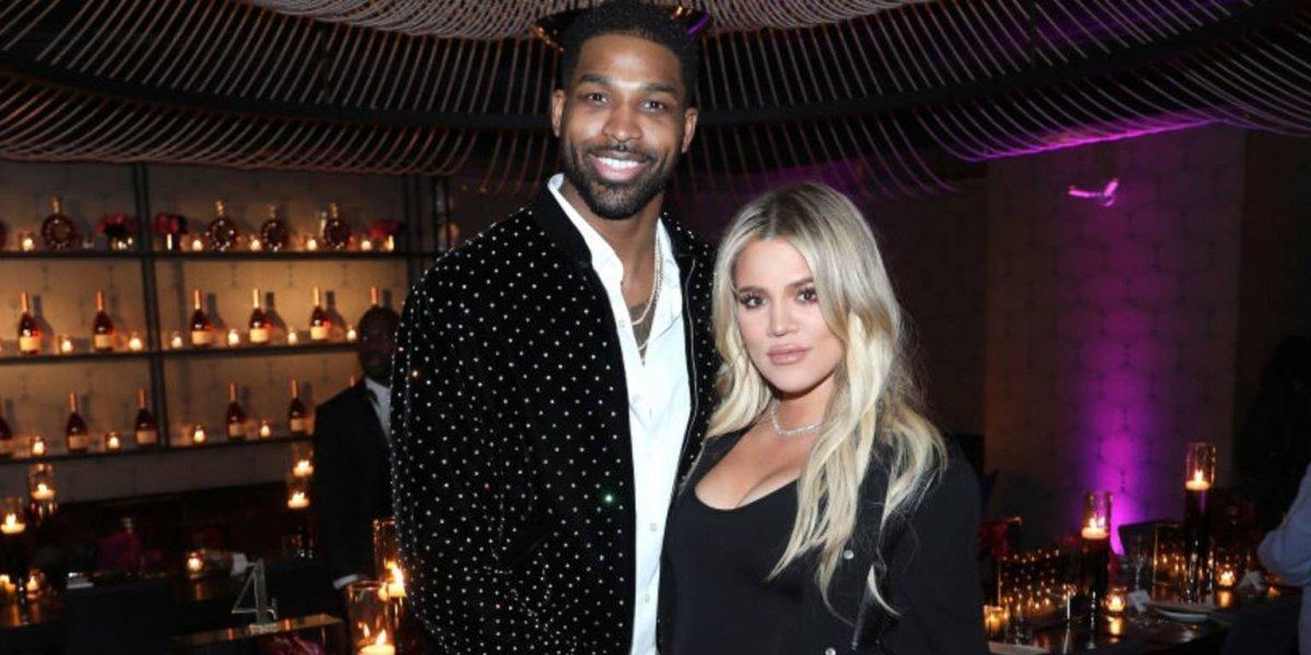 Khloé Kardashian regresa con Tristan Thompson y lo demuestra con un beso